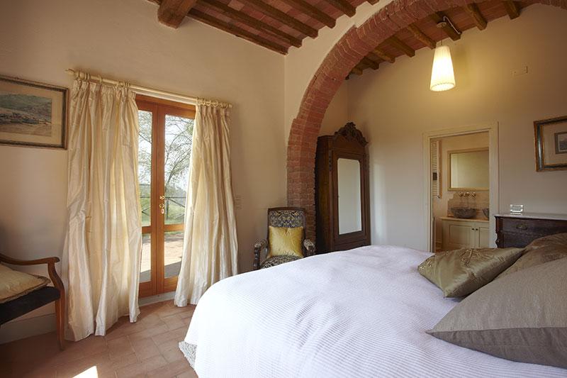 Siena - Luxury Bedroom at Villa Marae