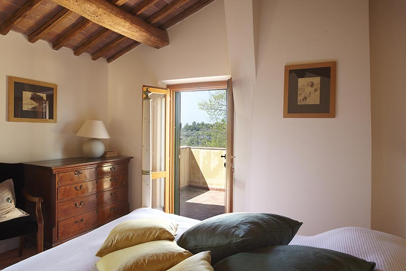 Carrara - Luxury bedroom with a view at Villa Marae